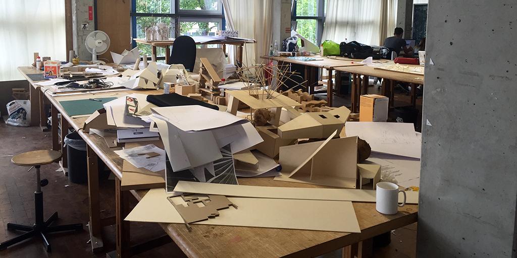 Studieren im eigenen atelier cottbus senftenberg otto nagel gymnasium for Wo architektur studieren